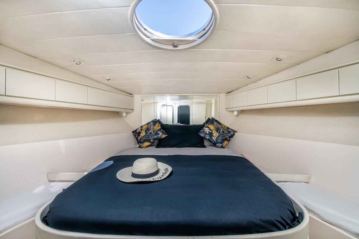 Calma-yacht-Zakynthos-Cruises-11