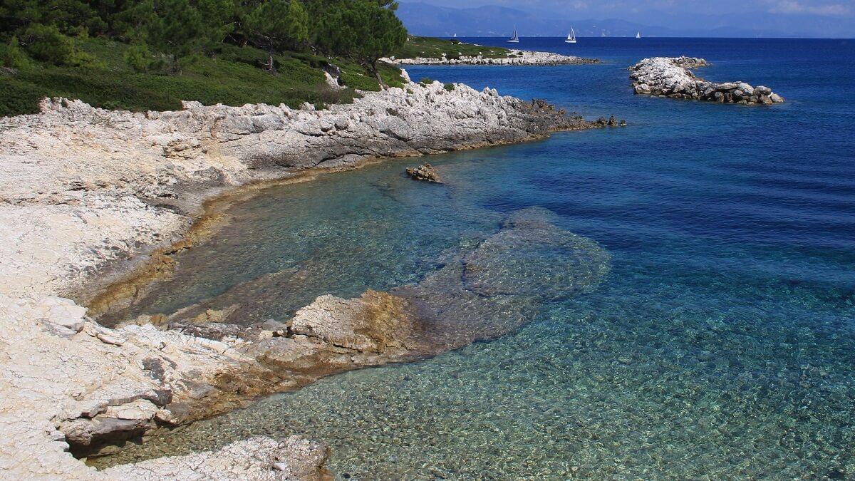 Paxos-island-Zakynthos-Cruises-3