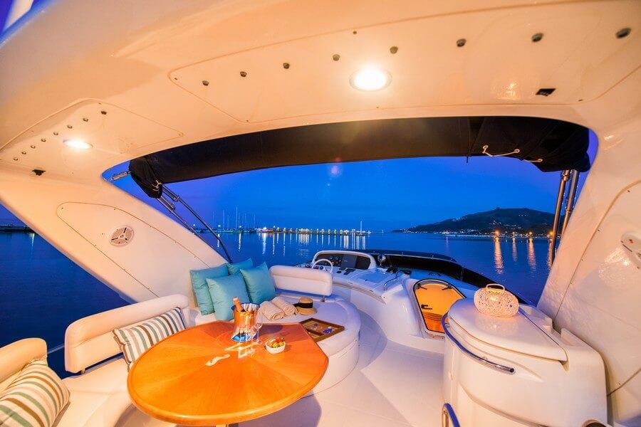 Zakynthos-Cruises-Yacht-Manu-Azimut-58-13