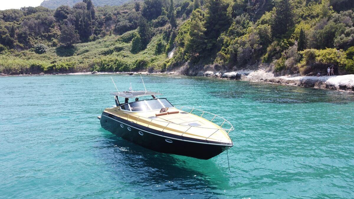 Zakynthos-Luxury-Boat-For-Rent-Pirat-2-pic-2